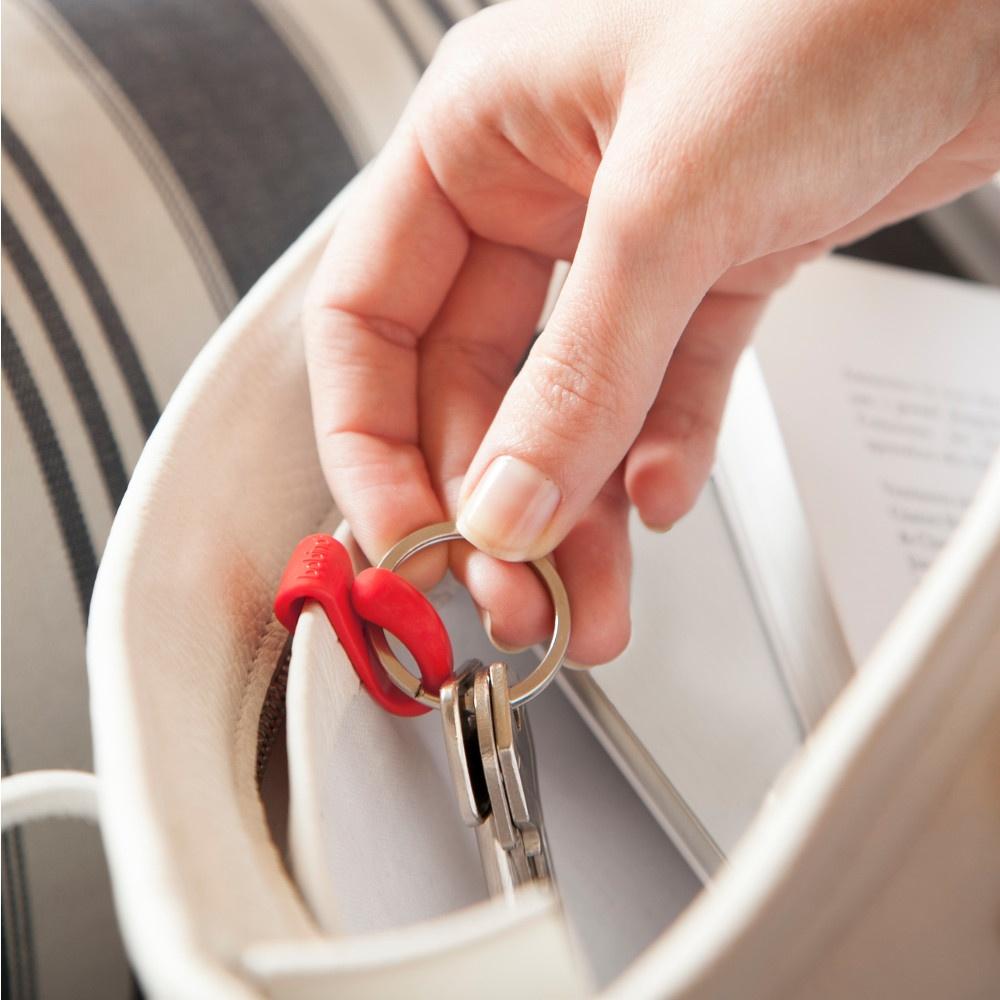 Clip clés rouge in-situ 03